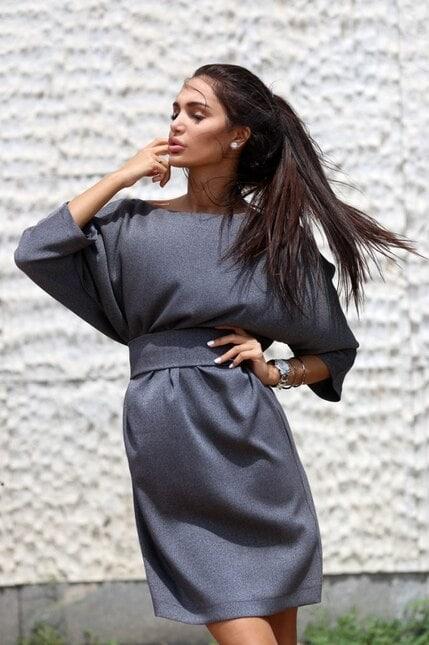Елегантна рокля със свободна визия TIAMO