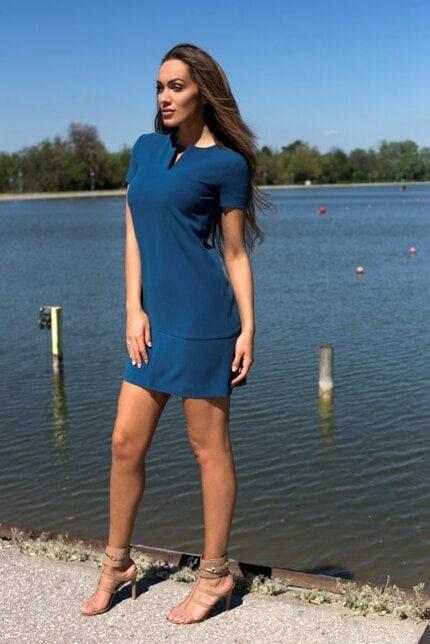 Елегантна синя рокля