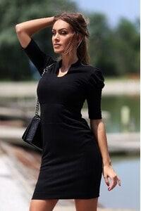 Вталена черна рокля NESTA