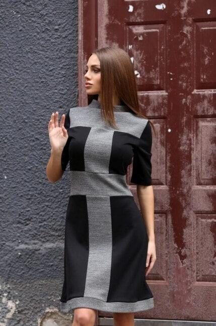 Вталена рокля с къс ръкав MARINA