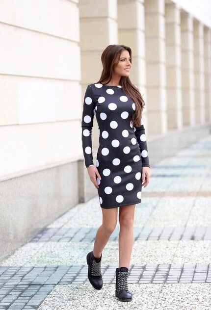 Елегантна рокля HOTDOTS