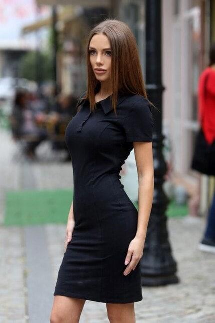 Стилна черна рокля IVANA