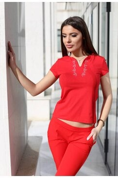 Дамска червена тениска с къс ръкав и шевица BORIANA RED