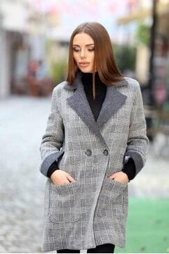 Стилно палто със свободен силует LARISA