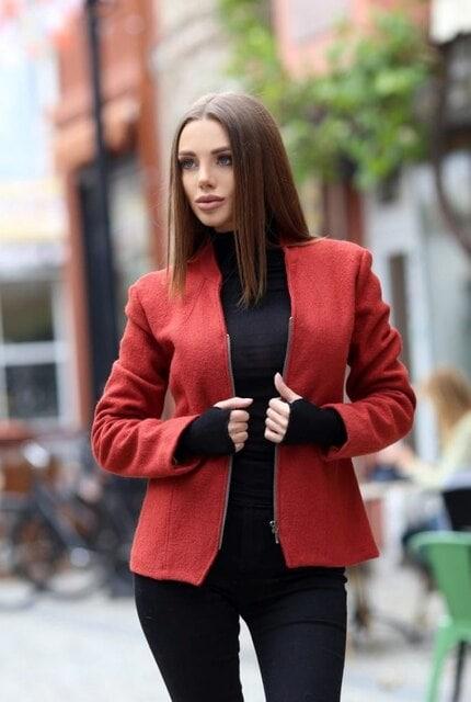 Късо дамско яке SWEETIE