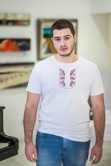 Класическа тениска с шевица KUBRAT